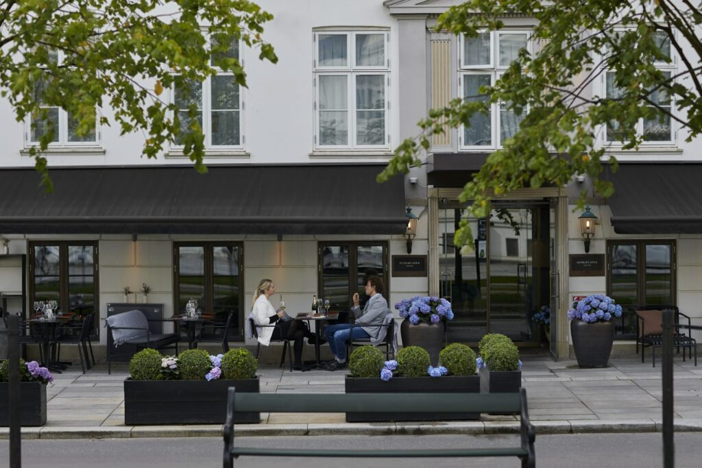 Outdoor dining area at Hotel Skt. Annæ